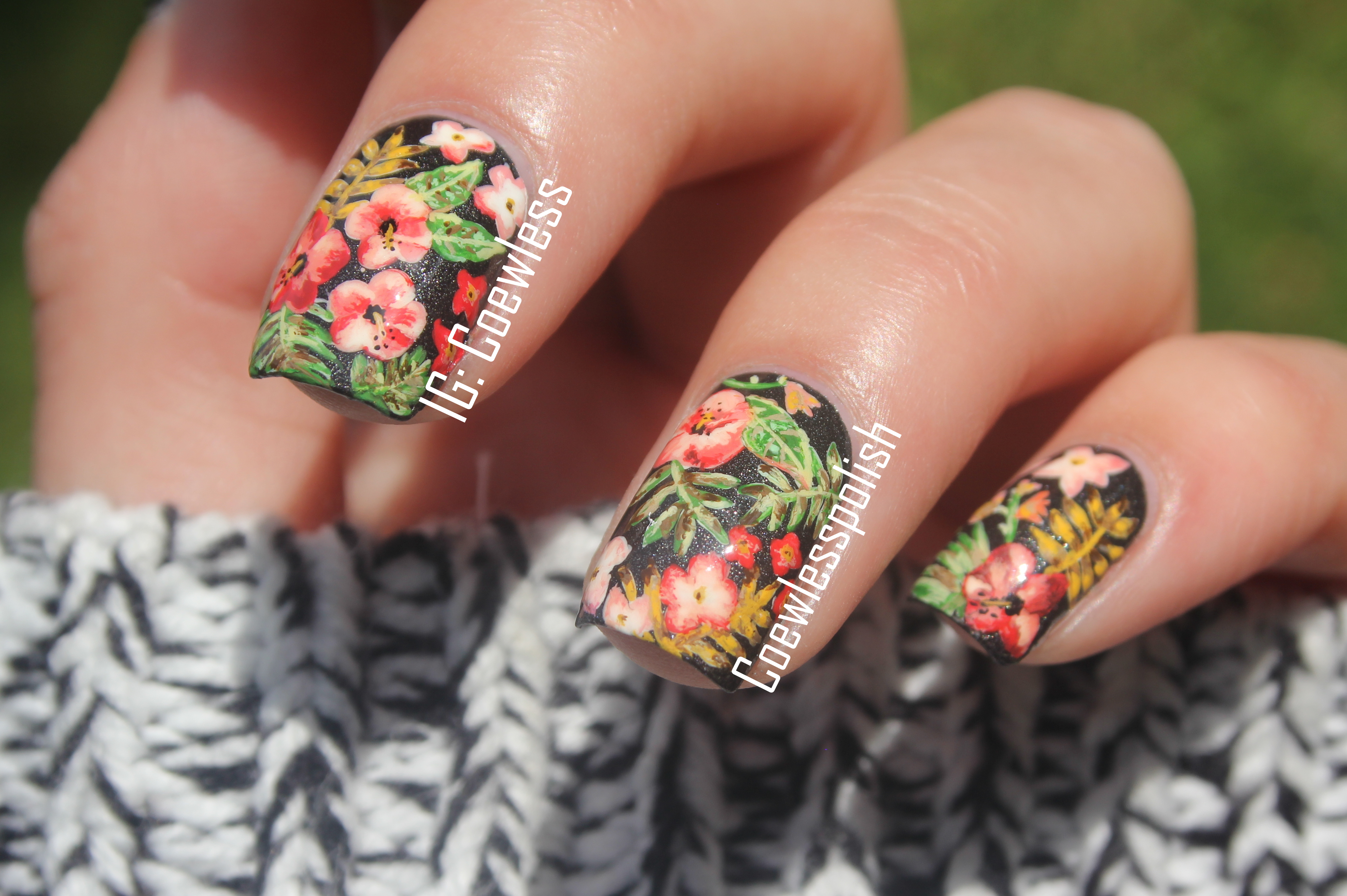 Maroon 5 nail art ~ Beautify themselves with sweet nails
